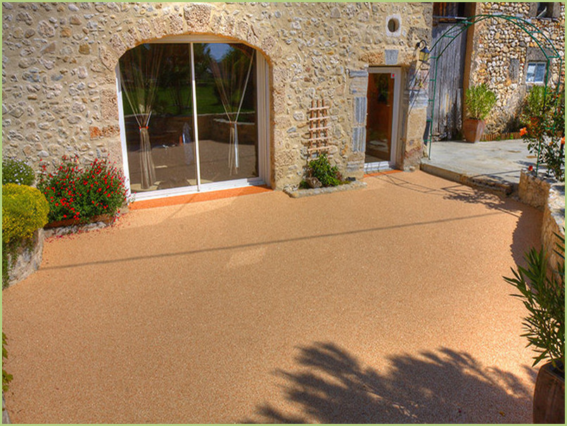Terrasse provençale resine marbre rosso verona