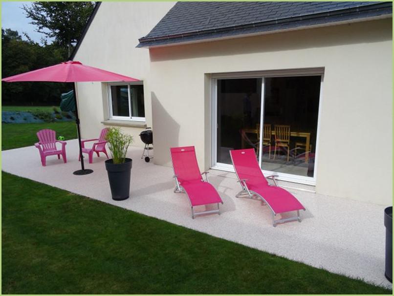 Terrasse resine couleur rosa corallo
