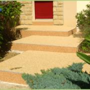 Escalier en granulats / résine
